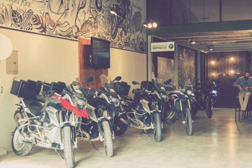 Elephant Garage
